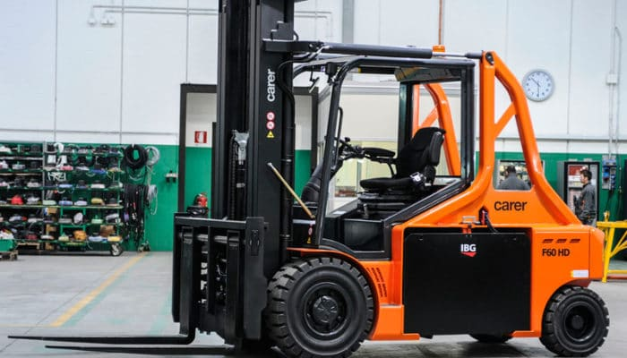 5 Benefits of Using a Forklift in a Warehouse